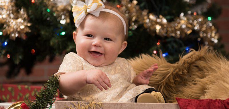 Manco Family Christmas Mini