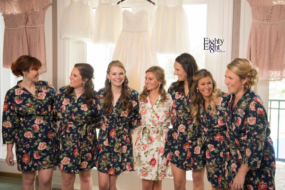 Eighty-Eight-Photo-Photographer-Photography-Aurora-Ohio-Barrington-Golf-Club-Wedding-Outdoor-Ceremony-Bride-Groom-Unique-Wedding-Party-13