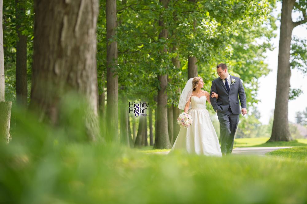 Eighty-Eight-Photo-Photographer-Photography-Aurora-Ohio-Barrington-Golf-Club-Wedding-Outdoor-Ceremony-Bride-Groom-Unique-Wedding-Party-20
