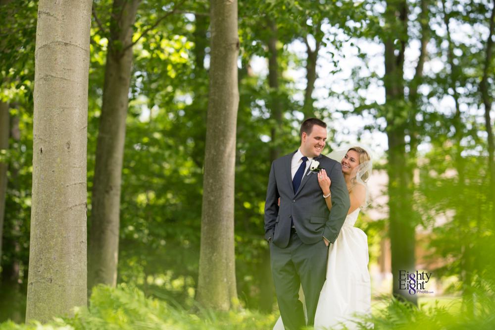 Eighty-Eight-Photo-Photographer-Photography-Aurora-Ohio-Barrington-Golf-Club-Wedding-Outdoor-Ceremony-Bride-Groom-Unique-Wedding-Party-23