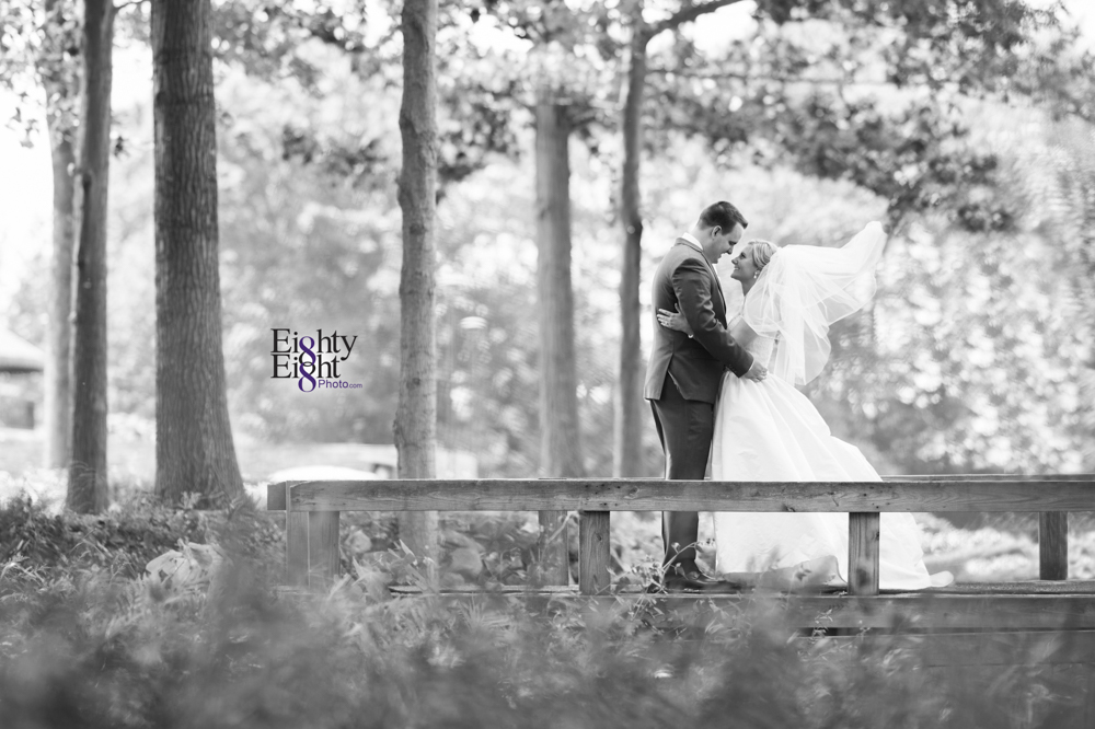 Eighty-Eight-Photo-Photographer-Photography-Aurora-Ohio-Barrington-Golf-Club-Wedding-Outdoor-Ceremony-Bride-Groom-Unique-Wedding-Party-25