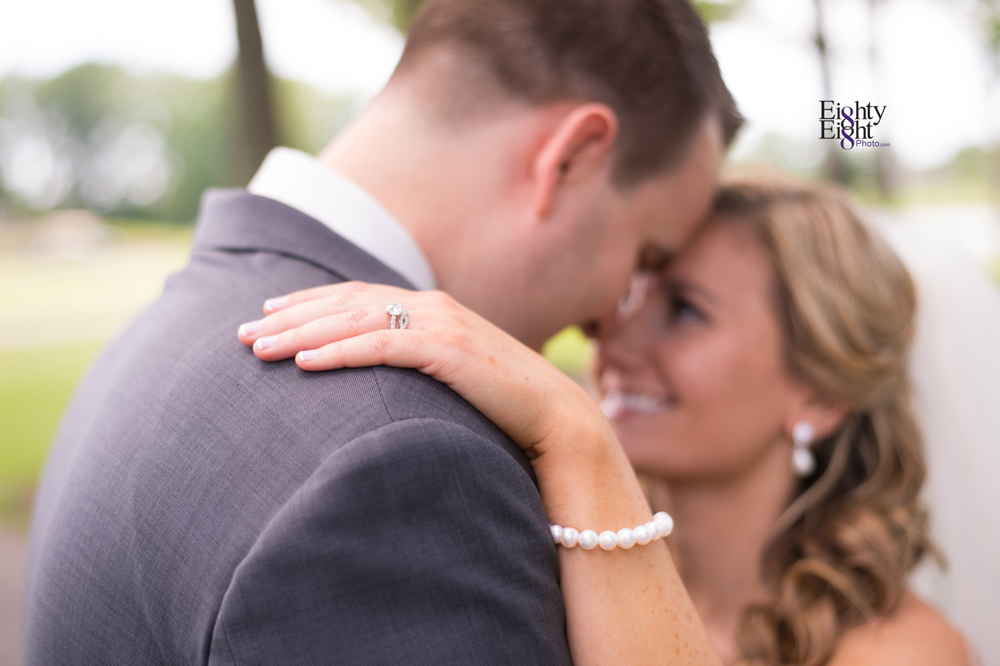 Eighty-Eight-Photo-Photographer-Photography-Aurora-Ohio-Barrington-Golf-Club-Wedding-Outdoor-Ceremony-Bride-Groom-Unique-Wedding-Party-26