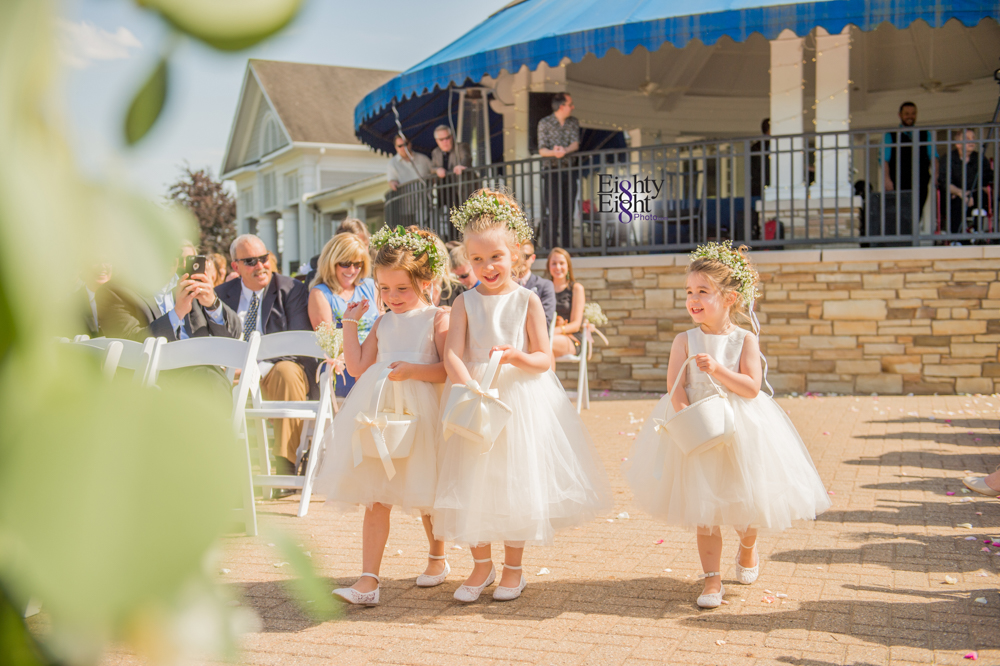 Eighty-Eight-Photo-Photographer-Photography-Aurora-Ohio-Barrington-Golf-Club-Wedding-Outdoor-Ceremony-Bride-Groom-Unique-Wedding-Party-40