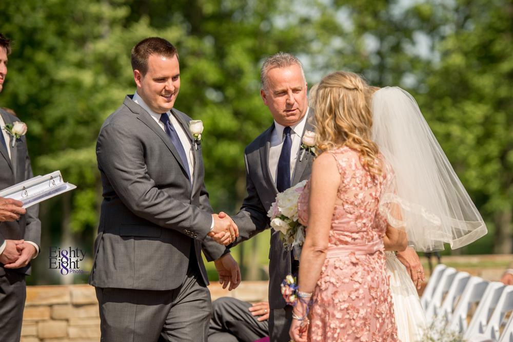 Eighty-Eight-Photo-Photographer-Photography-Aurora-Ohio-Barrington-Golf-Club-Wedding-Outdoor-Ceremony-Bride-Groom-Unique-Wedding-Party-44