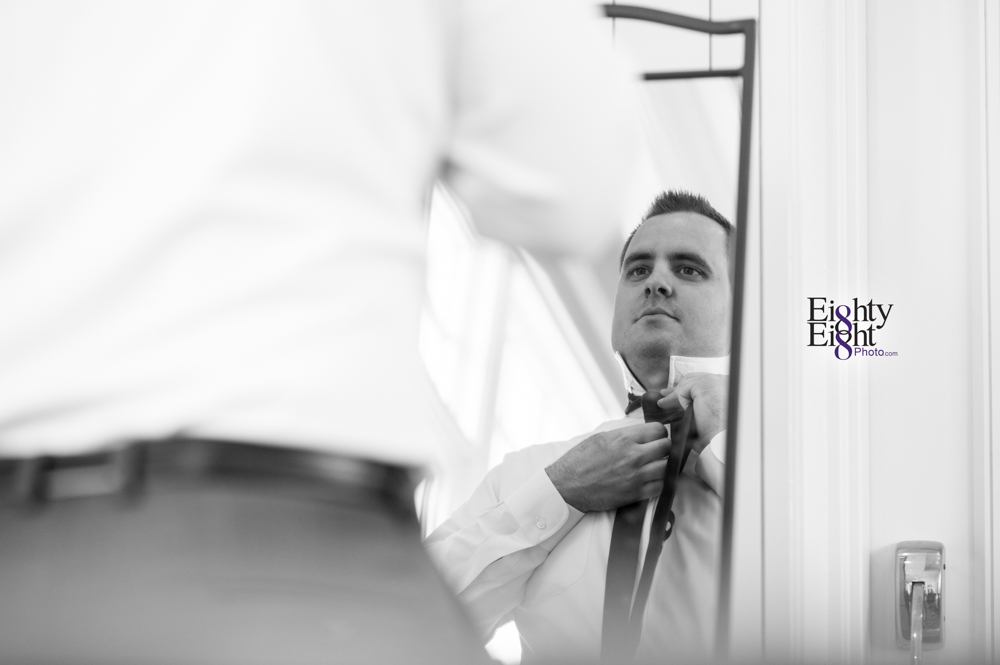 Eighty-Eight-Photo-Photographer-Photography-Aurora-Ohio-Barrington-Golf-Club-Wedding-Outdoor-Ceremony-Bride-Groom-Unique-Wedding-Party-9