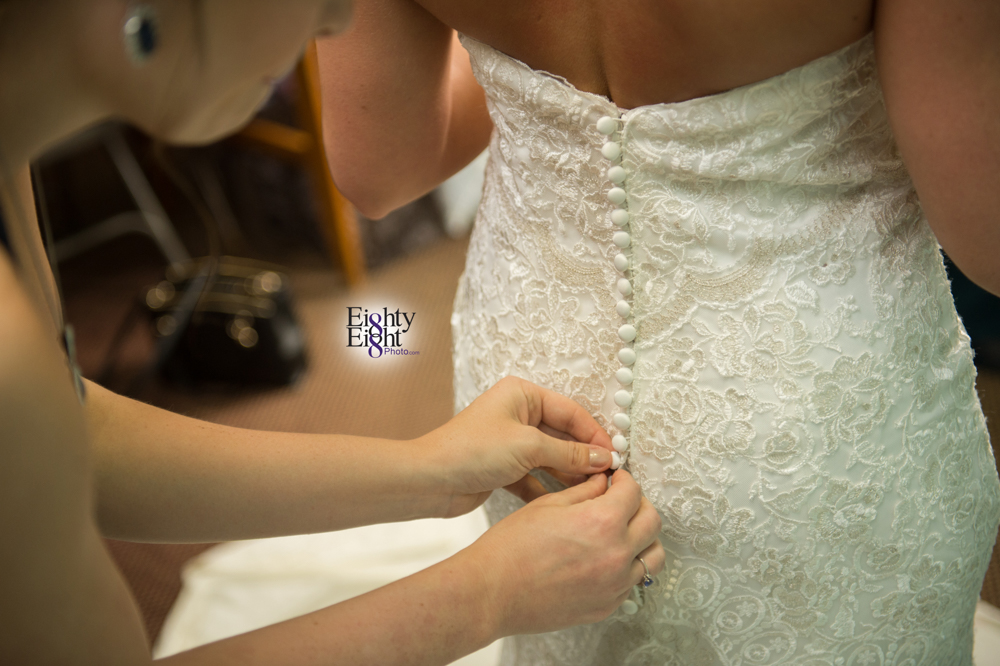 Eighty-Eight-Photo-Photographer-Photography-Chenoweth-Golf-Course-Akron-Wedding-Bride-Groom-Elegant-15