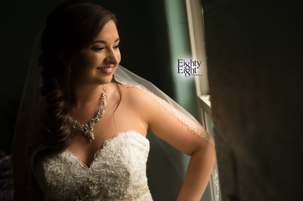 Eighty-Eight-Photo-Photographer-Photography-Chenoweth-Golf-Course-Akron-Wedding-Bride-Groom-Elegant-17