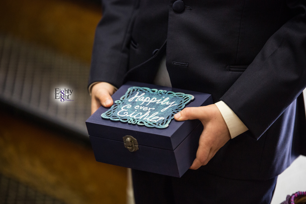 Eighty-Eight-Photo-Photographer-Photography-Chenoweth-Golf-Course-Akron-Wedding-Bride-Groom-Elegant-18