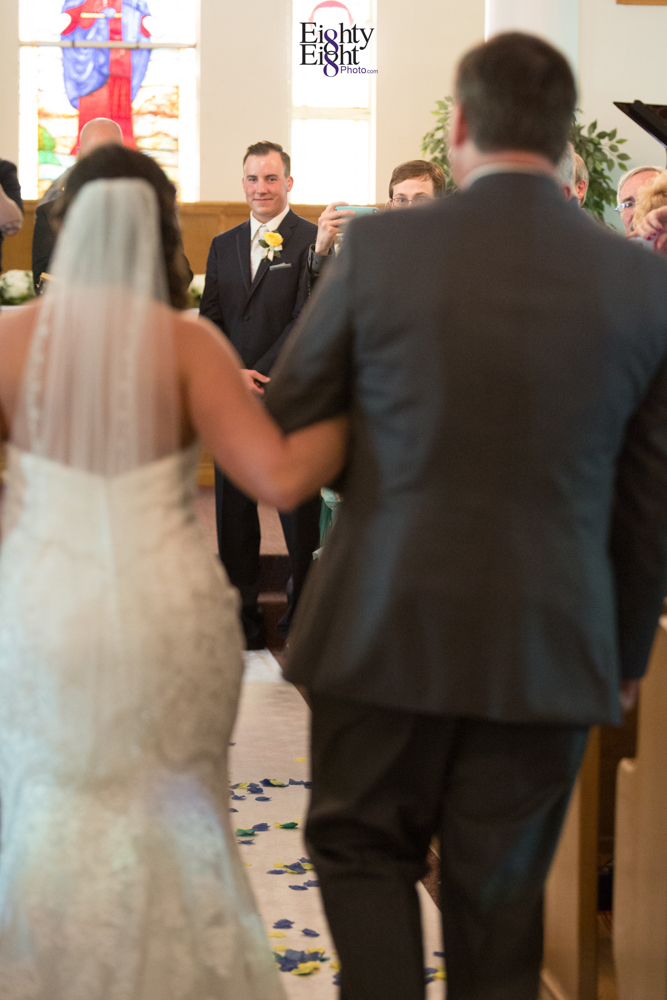 Eighty-Eight-Photo-Photographer-Photography-Chenoweth-Golf-Course-Akron-Wedding-Bride-Groom-Elegant-19