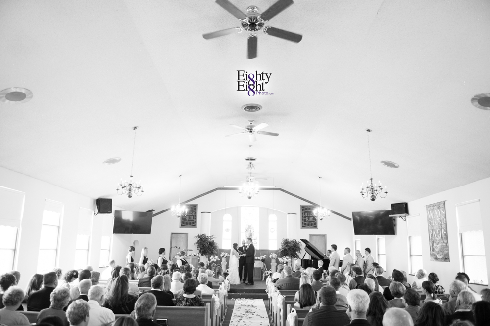Eighty-Eight-Photo-Photographer-Photography-Chenoweth-Golf-Course-Akron-Wedding-Bride-Groom-Elegant-21