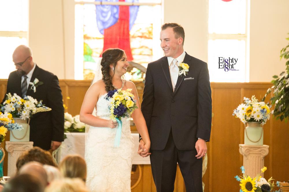 Eighty-Eight-Photo-Photographer-Photography-Chenoweth-Golf-Course-Akron-Wedding-Bride-Groom-Elegant-24