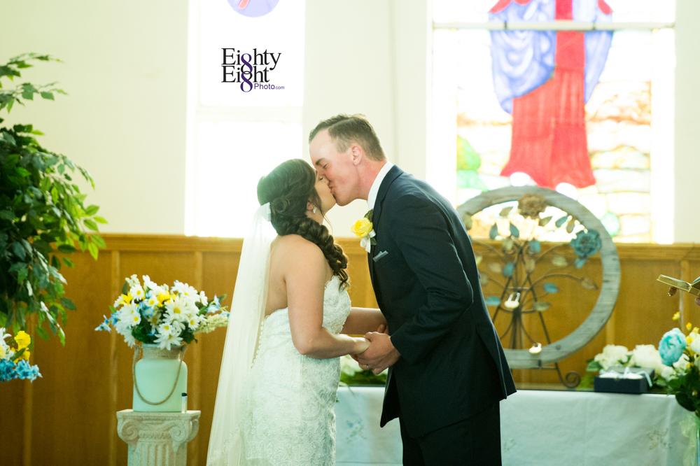 Eighty-Eight-Photo-Photographer-Photography-Chenoweth-Golf-Course-Akron-Wedding-Bride-Groom-Elegant-25