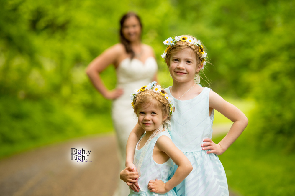 Eighty-Eight-Photo-Photographer-Photography-Chenoweth-Golf-Course-Akron-Wedding-Bride-Groom-Elegant-35