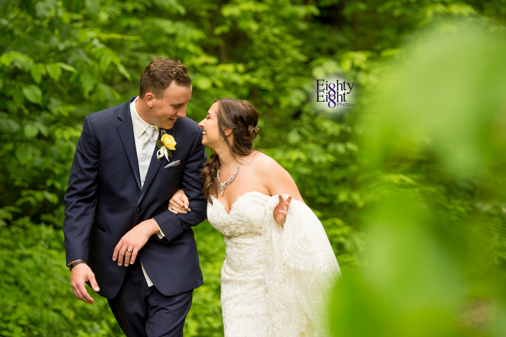 Eighty-Eight-Photo-Photographer-Photography-Chenoweth-Golf-Course-Akron-Wedding-Bride-Groom-Elegant-37