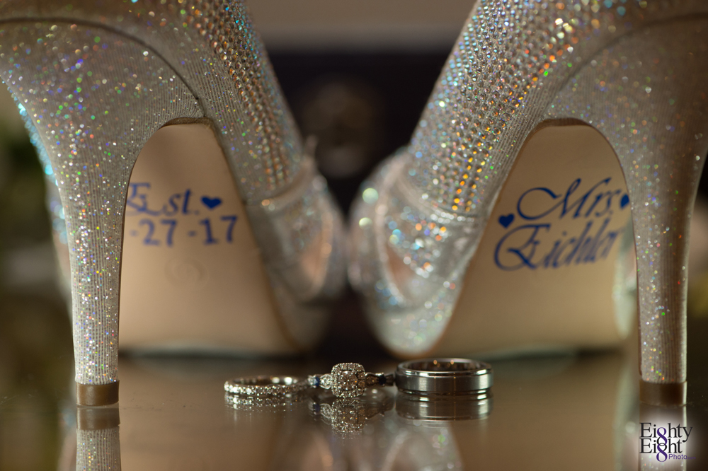 Eighty-Eight-Photo-Photographer-Photography-Chenoweth-Golf-Course-Akron-Wedding-Bride-Groom-Elegant-4