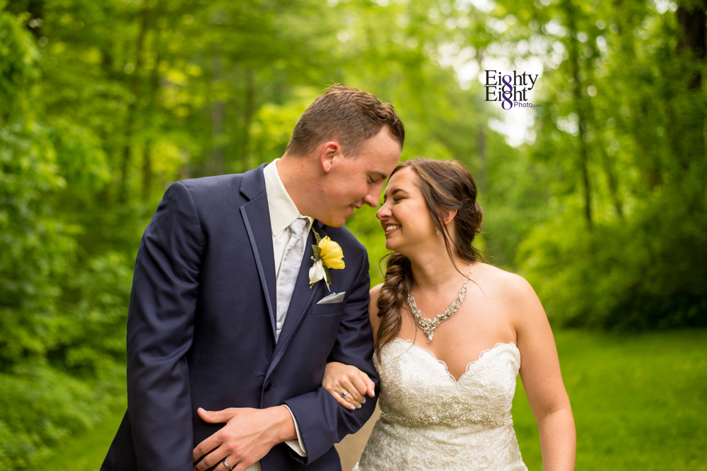 Eighty-Eight-Photo-Photographer-Photography-Chenoweth-Golf-Course-Akron-Wedding-Bride-Groom-Elegant-40