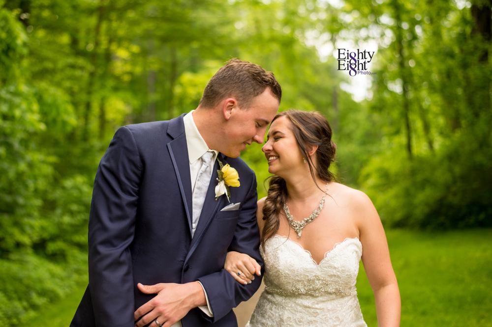 Eighty-Eight-Photo-Photographer-Photography-Chenoweth-Golf-Course-Akron-Wedding-Bride-Groom-Elegant-40