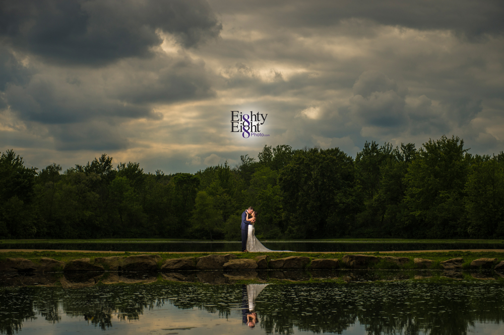 Eighty-Eight-Photo-Photographer-Photography-Chenoweth-Golf-Course-Akron-Wedding-Bride-Groom-Elegant-43