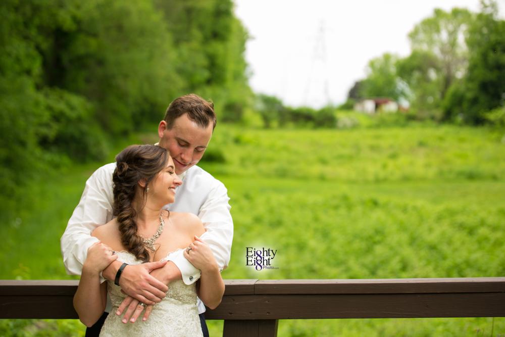 Eighty-Eight-Photo-Photographer-Photography-Chenoweth-Golf-Course-Akron-Wedding-Bride-Groom-Elegant-46