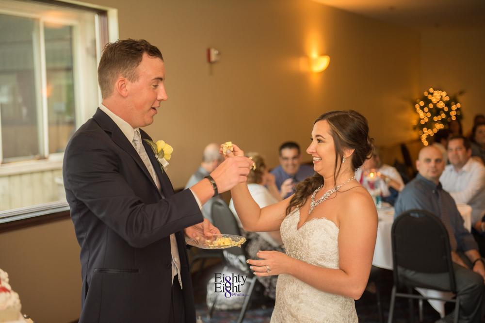 Eighty-Eight-Photo-Photographer-Photography-Chenoweth-Golf-Course-Akron-Wedding-Bride-Groom-Elegant-53