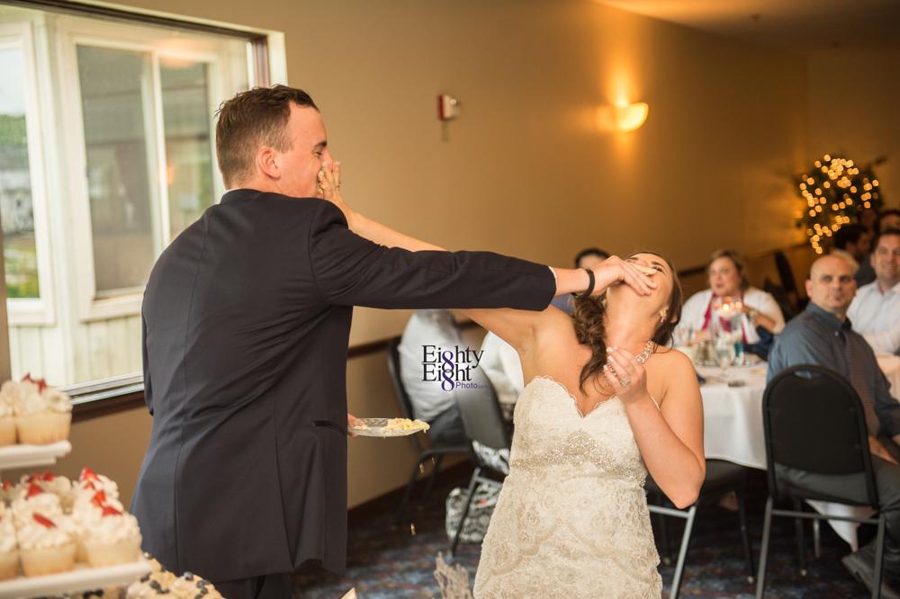 Eighty-Eight-Photo-Photographer-Photography-Chenoweth-Golf-Course-Akron-Wedding-Bride-Groom-Elegant-54