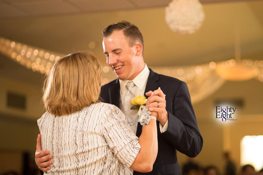 Eighty-Eight-Photo-Photographer-Photography-Chenoweth-Golf-Course-Akron-Wedding-Bride-Groom-Elegant-66