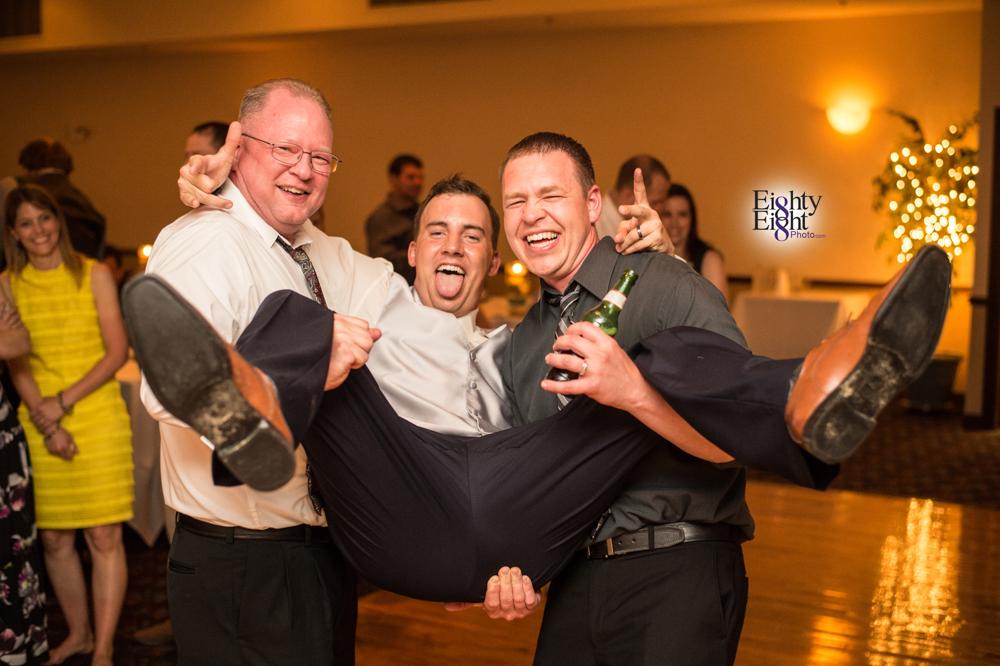 Eighty-Eight-Photo-Photographer-Photography-Chenoweth-Golf-Course-Akron-Wedding-Bride-Groom-Elegant-76