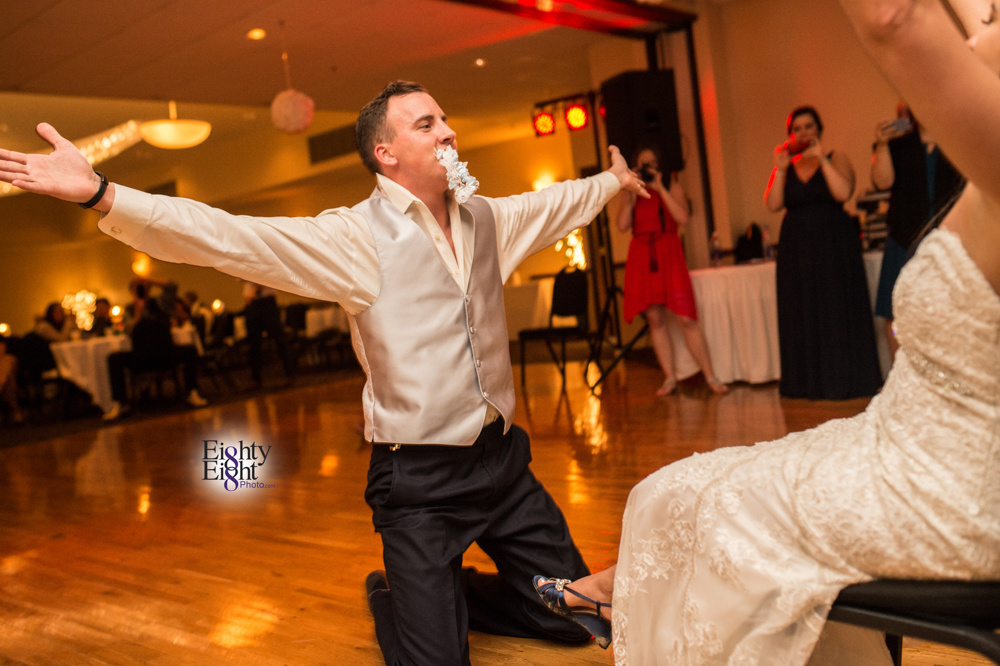 Eighty-Eight-Photo-Photographer-Photography-Chenoweth-Golf-Course-Akron-Wedding-Bride-Groom-Elegant-78