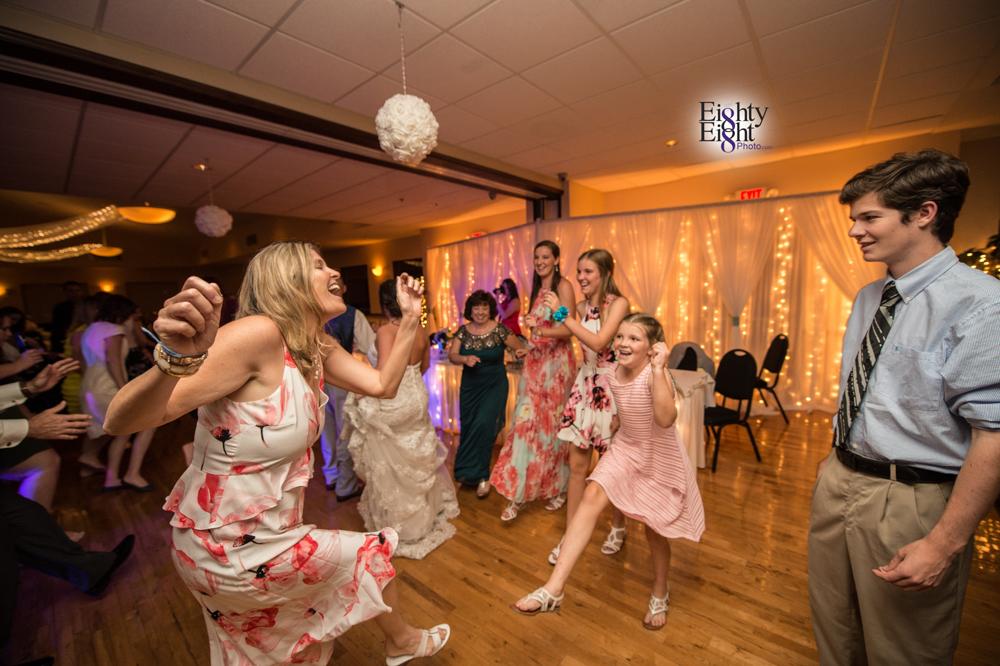 Eighty-Eight-Photo-Photographer-Photography-Chenoweth-Golf-Course-Akron-Wedding-Bride-Groom-Elegant-84