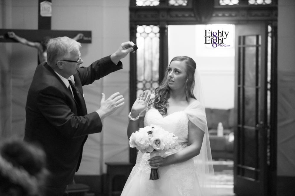 Eighty-Eight-Photo-Photographer-Photography-Cleveland-Ohio-The-Old-Courthouse-Wedding-Ceremony-Bride-Groom-Unique-Wedding-Party-Wade-Lagoon-Downtown-Beautiful-14
