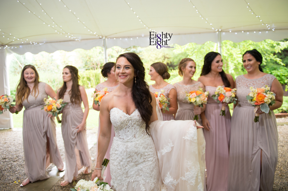Eighty-Eight-Photo-Photographer-Photography-Ohio-Thorn-Creek-Winery-Wedding-Bride-Groom-Unique-Wedding-Party-Outdoor-Aurora-Beautiful-20
