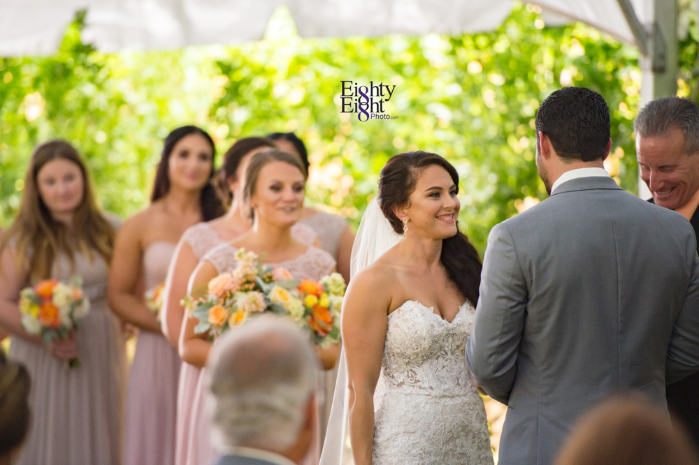 Eighty-Eight-Photo-Photographer-Photography-Ohio-Thorn-Creek-Winery-Wedding-Bride-Groom-Unique-Wedding-Party-Outdoor-Aurora-Beautiful-33
