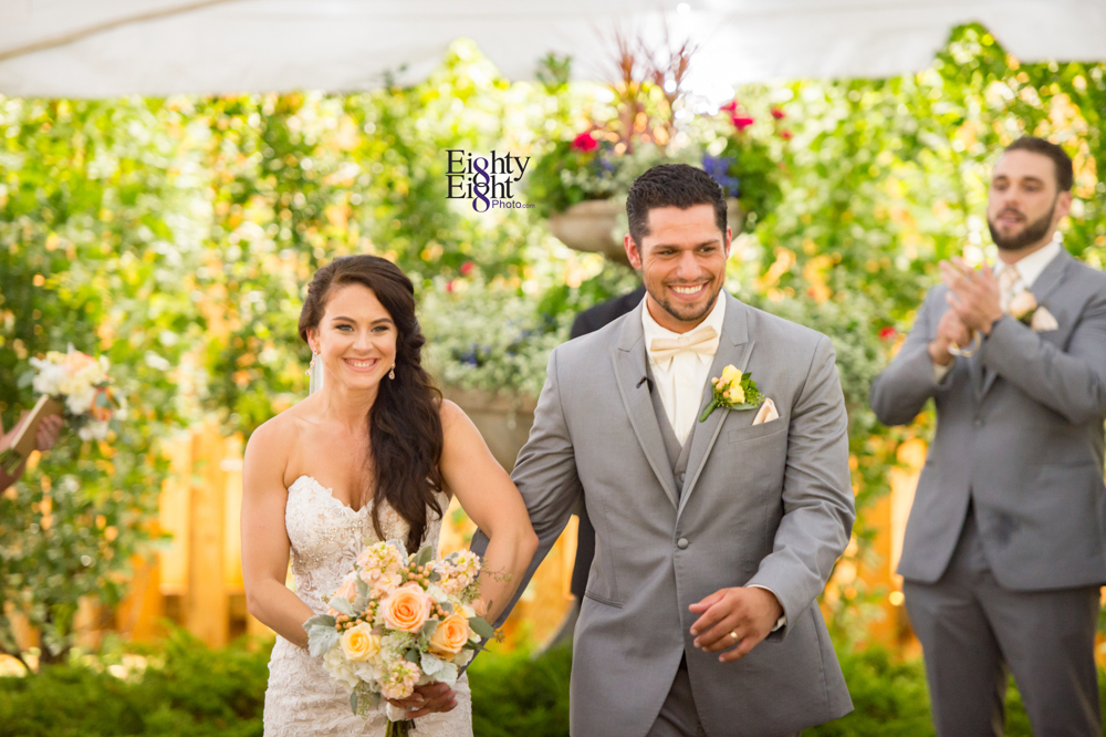 Eighty-Eight-Photo-Photographer-Photography-Ohio-Thorn-Creek-Winery-Wedding-Bride-Groom-Unique-Wedding-Party-Outdoor-Aurora-Beautiful-36