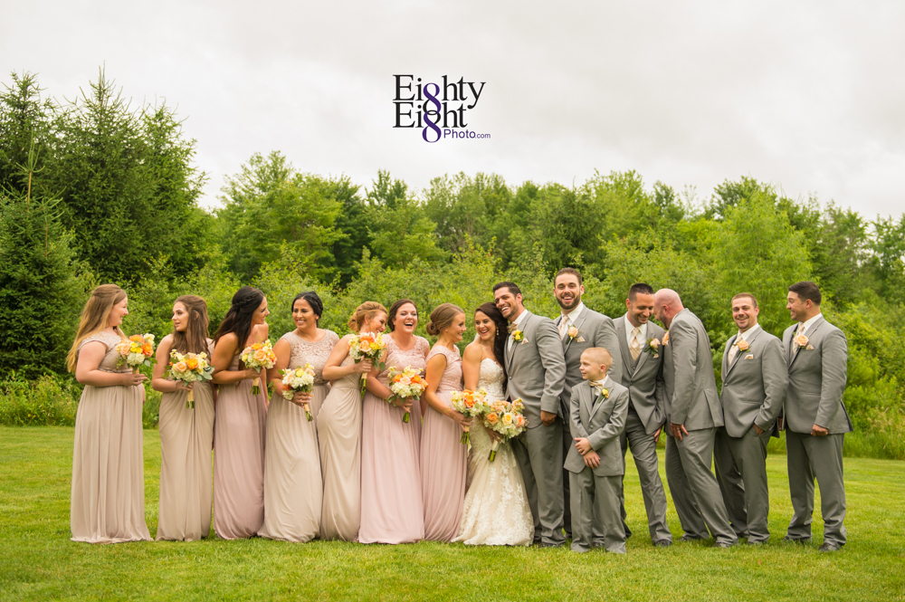 Eighty-Eight-Photo-Photographer-Photography-Ohio-Thorn-Creek-Winery-Wedding-Bride-Groom-Unique-Wedding-Party-Outdoor-Aurora-Beautiful-39