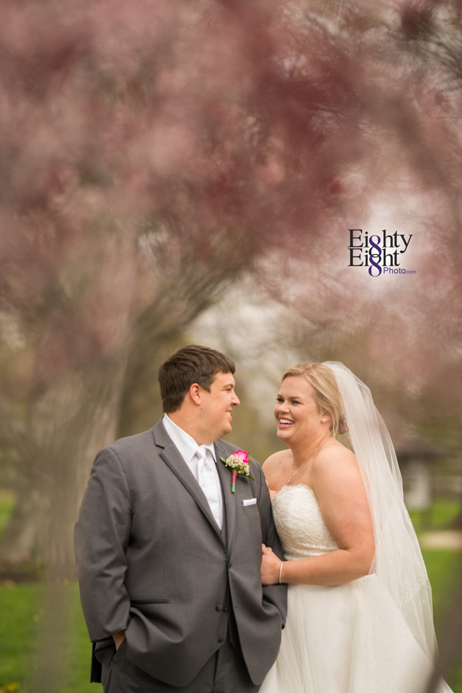 Eighty-Eight-Photo-Wedding-Photography-Cleveland-Photographer-Marriott-East-Reception-Ceremony-30