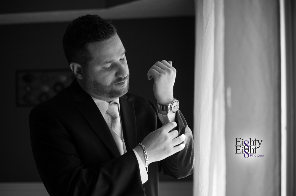 Eighty-Eight-Photo-Wedding-Photography-Cleveland-Photographer-Reception-Ceremony-Aherns-Ahern-Inn-Avon-Ohio-Severance-Hall-Wade-Lagoon-Cleveland-Art-Museum-10