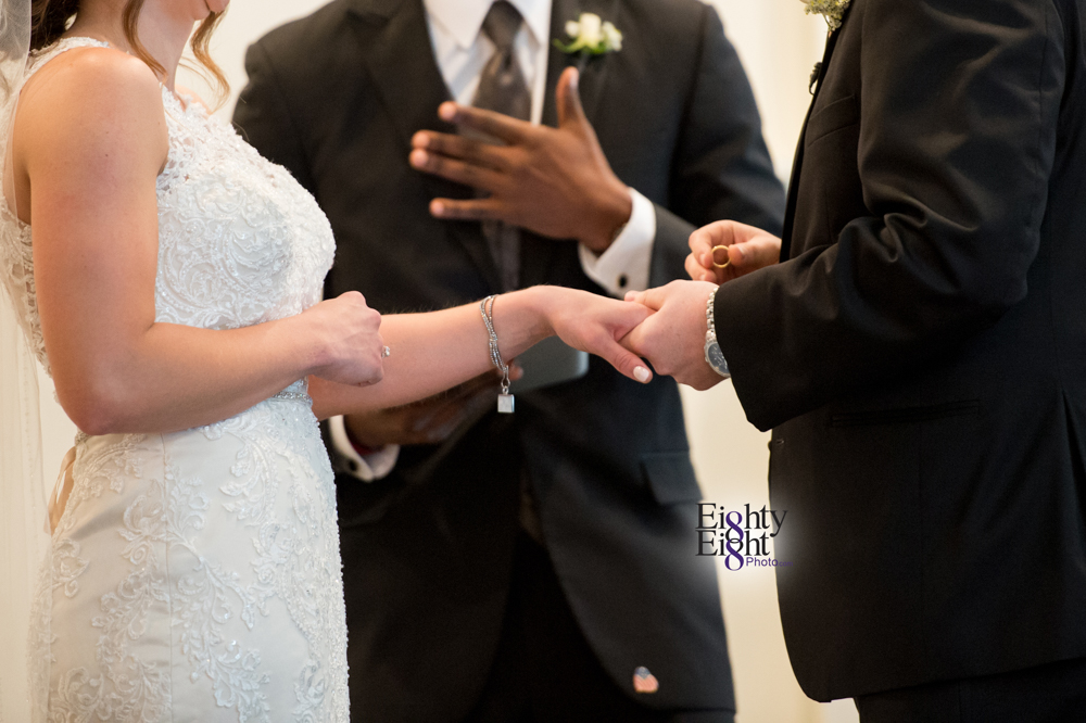 Eighty-Eight-Photo-Wedding-Photography-Cleveland-Photographer-Reception-Ceremony-Aherns-Ahern-Inn-Avon-Ohio-Severance-Hall-Wade-Lagoon-Cleveland-Art-Museum-21