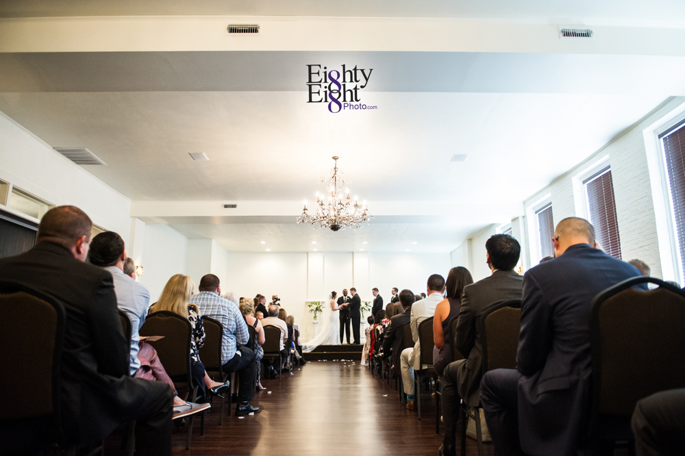 Eighty-Eight-Photo-Wedding-Photography-Cleveland-Photographer-Reception-Ceremony-Aherns-Ahern-Inn-Avon-Ohio-Severance-Hall-Wade-Lagoon-Cleveland-Art-Museum-22