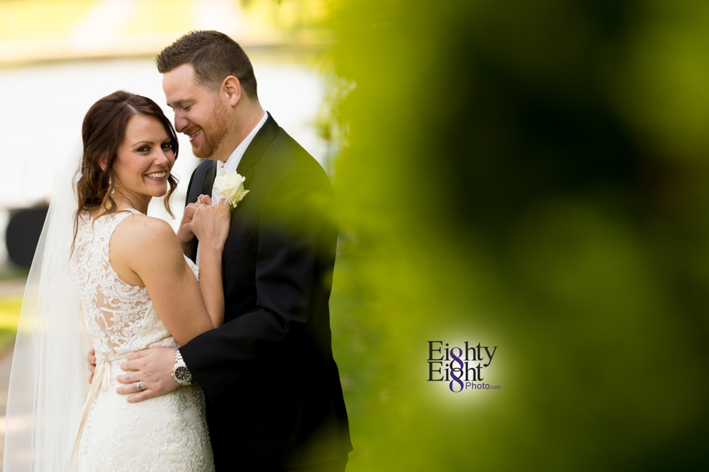 Eighty-Eight-Photo-Wedding-Photography-Cleveland-Photographer-Reception-Ceremony-Aherns-Ahern-Inn-Avon-Ohio-Severance-Hall-Wade-Lagoon-Cleveland-Art-Museum-33