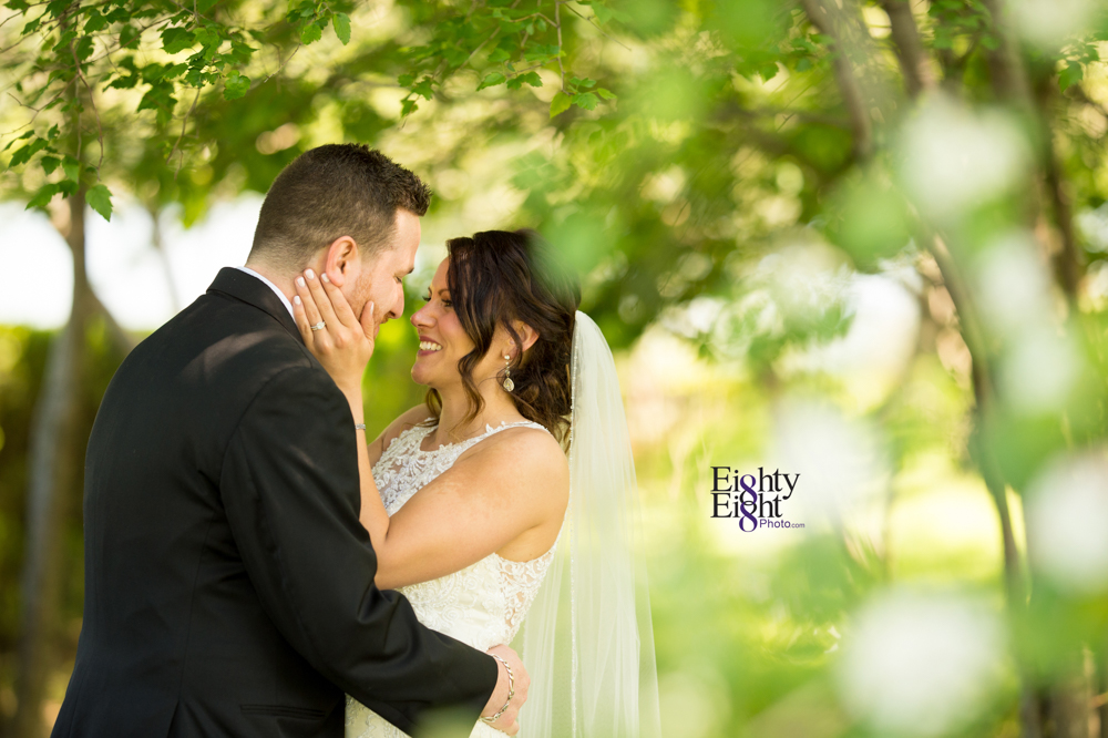 Eighty-Eight-Photo-Wedding-Photography-Cleveland-Photographer-Reception-Ceremony-Aherns-Ahern-Inn-Avon-Ohio-Severance-Hall-Wade-Lagoon-Cleveland-Art-Museum-35