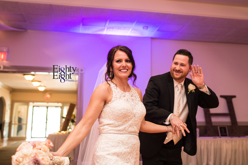 Eighty-Eight-Photo-Wedding-Photography-Cleveland-Photographer-Reception-Ceremony-Aherns-Ahern-Inn-Avon-Ohio-Severance-Hall-Wade-Lagoon-Cleveland-Art-Museum-45