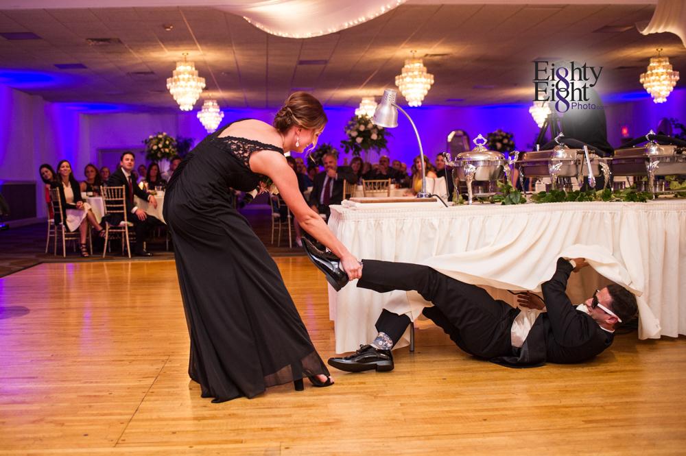 Eighty-Eight-Photo-Wedding-Photography-Cleveland-Photographer-Reception-Ceremony-Aherns-Ahern-Inn-Avon-Ohio-Severance-Hall-Wade-Lagoon-Cleveland-Art-Museum-46