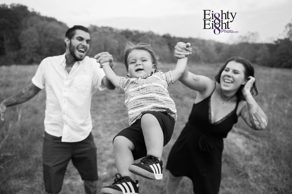 Eighty-Eight-Photo-children-family-Photography-Brecksville-Reservation-Cleveland-Photographer-8