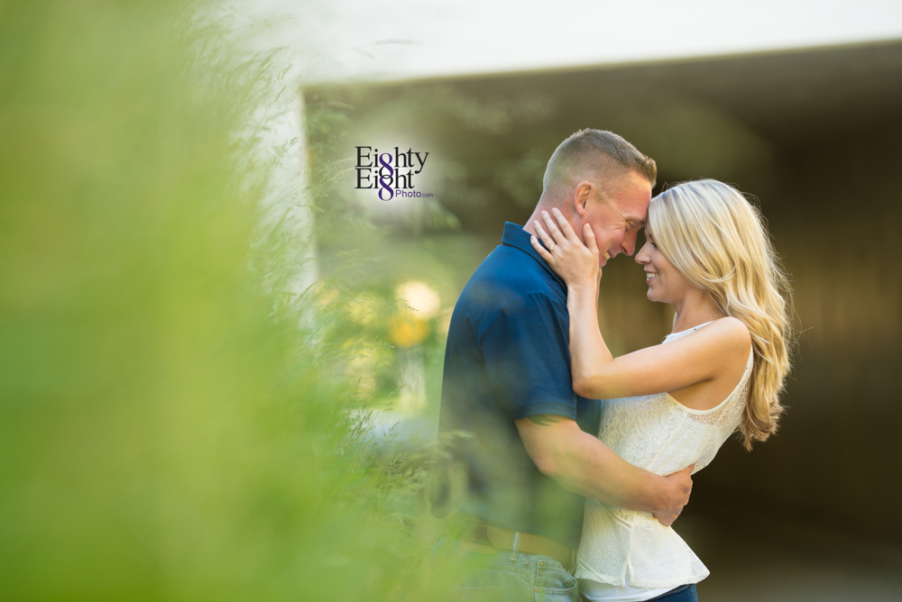 Eighty-Eight-Photo-wedding-photography-photographer-brandywine-falls-outdoor-engagement-session-Cleveland-Photographer-waterfall-18