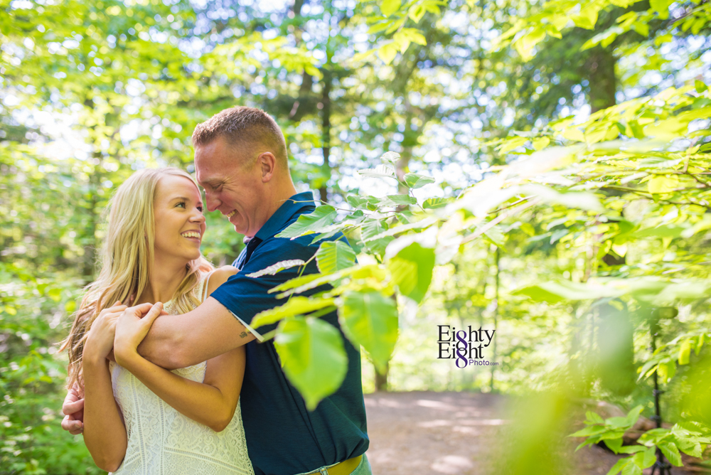 Eighty-Eight-Photo-wedding-photography-photographer-brandywine-falls-outdoor-engagement-session-Cleveland-Photographer-waterfall-5