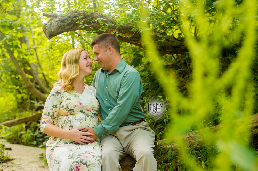 Eighty-Eight-Photo-Photographer-Photography-Brecksville-Reservation-Maternity-Unique-Beautiful-3