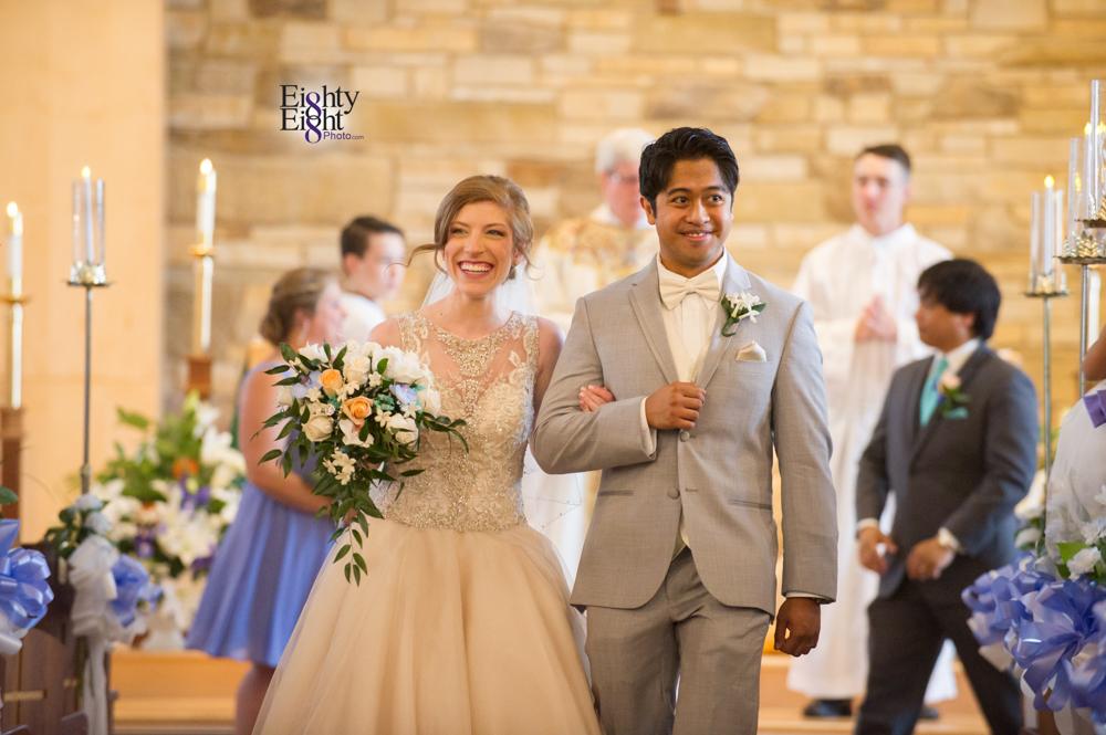 Eighty-Eight-Photo-Photographer-Photography-Ohio-700-Beta-Squires-Castle-Bride-Groom-Unique-Beautiful-26