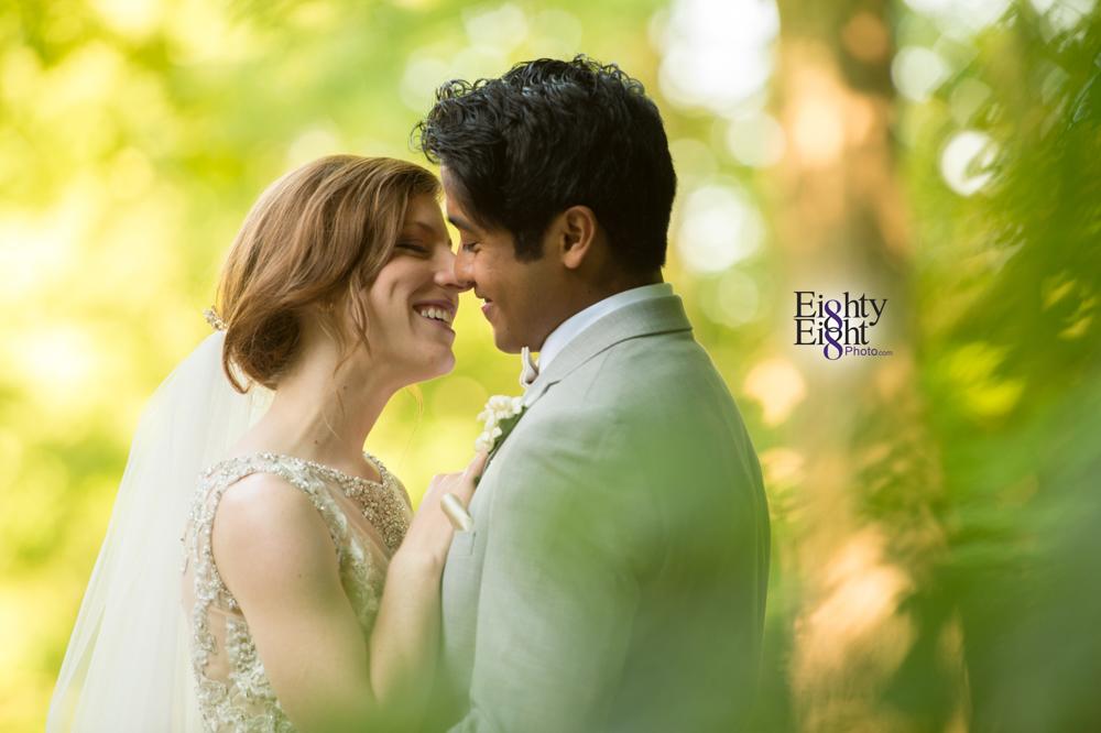 Eighty-Eight-Photo-Photographer-Photography-Ohio-700-Beta-Squires-Castle-Bride-Groom-Unique-Beautiful-44