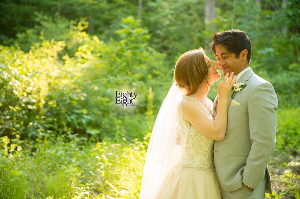Eighty-Eight-Photo-Photographer-Photography-Ohio-700-Beta-Squires-Castle-Bride-Groom-Unique-Beautiful-48