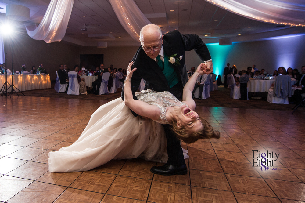 Eighty-Eight-Photo-Photographer-Photography-Ohio-700-Beta-Squires-Castle-Bride-Groom-Unique-Beautiful-61